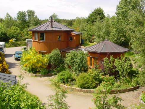 Sustainable barrel houses at Findhorn's Ecovillage